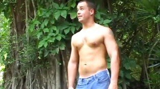 Horny gay dude strips and jerks off outdoors