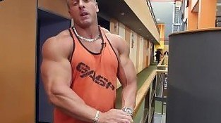 Russian Muscles 21