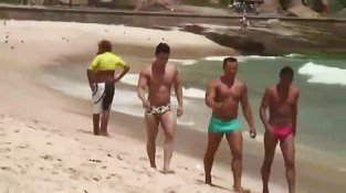 Four guys dont want to swim any more they want some dirty gay sex